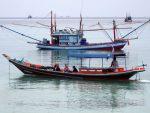 Lokales Bootstauchen um Koh Phangan.